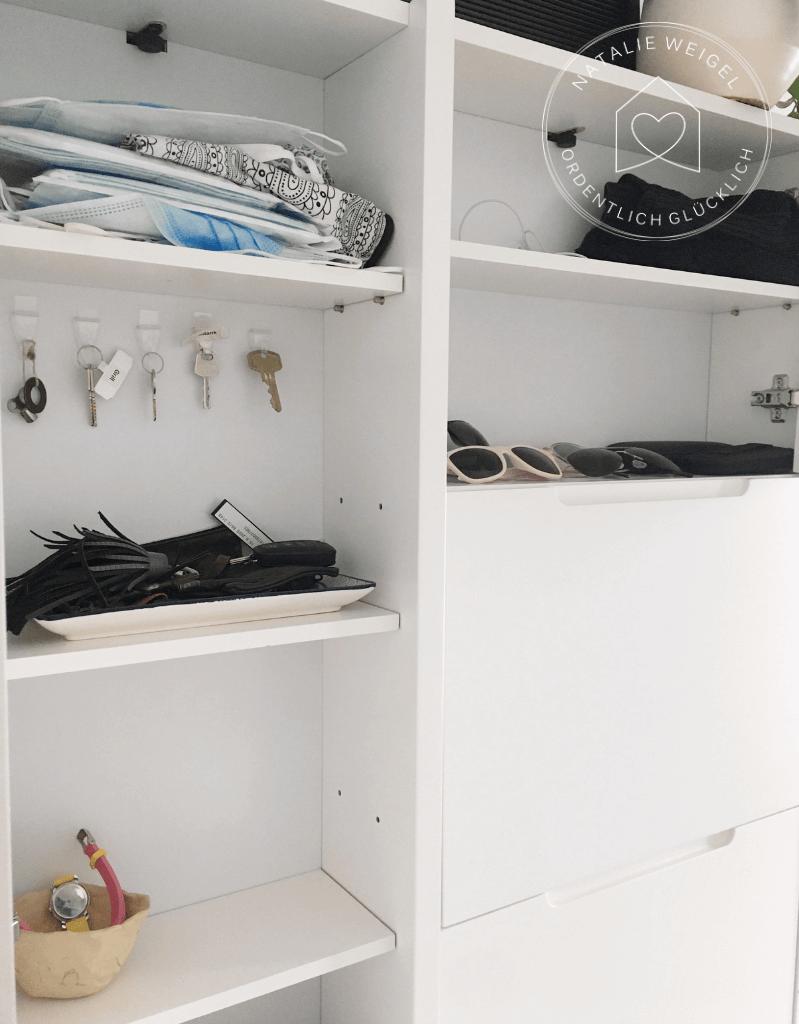 kleine Garderobe für eine große Familie