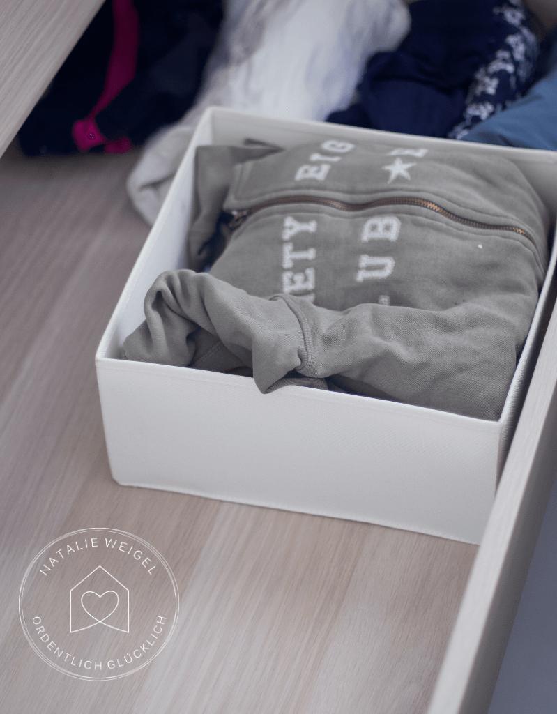 weniger Kleider, mehr anzuziehen