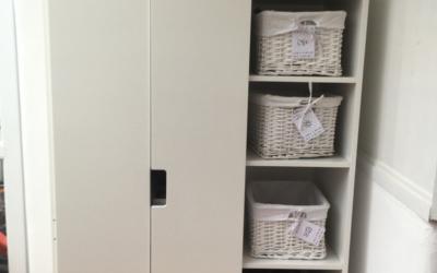 Kinderzimmer aufräumen: Schilder für den Kleiderschrank